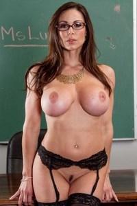 Порно с Kendra Lust